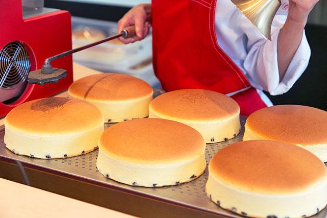 焼きたてチーズケーキの当日販売&ご予約につきまして